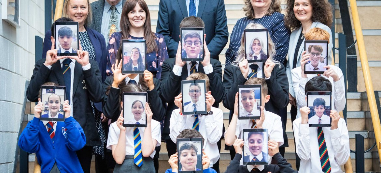 Five schools from Bearsden in Scotland receivethe Digital Schools Award via theprogramme's cluster initiative.